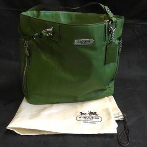 Coach handbag green Apple gallery leather zipper